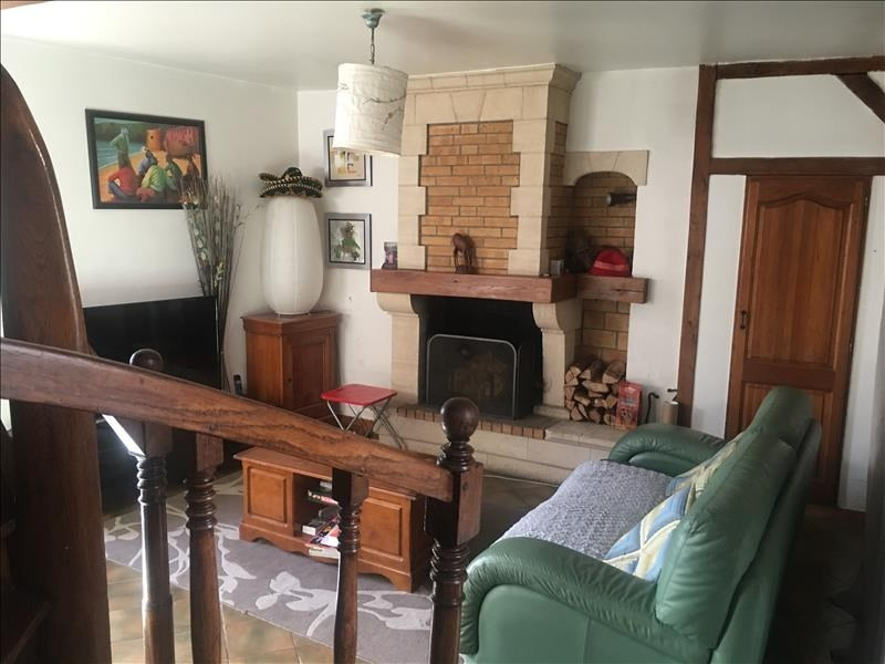 Sale house / villa Chambly 210000€ - Picture 2