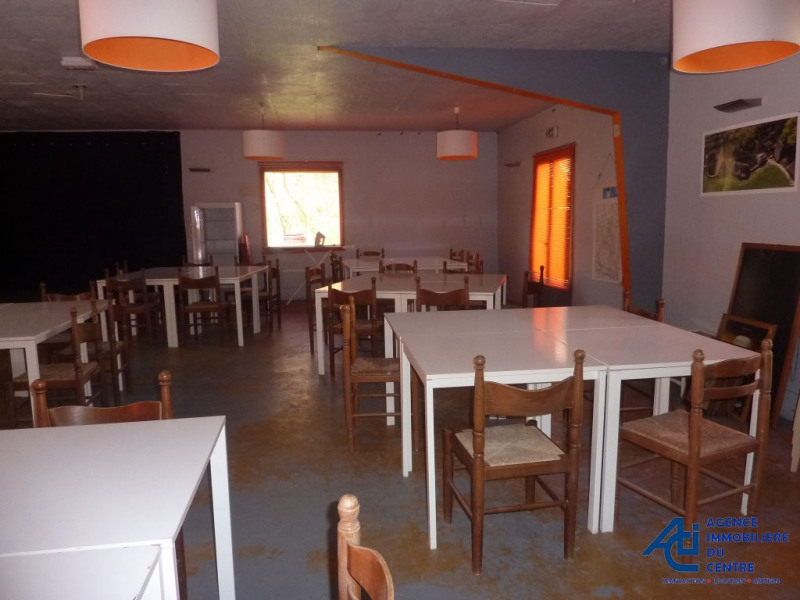 Location local commercial Guern 800€ HC - Photo 12