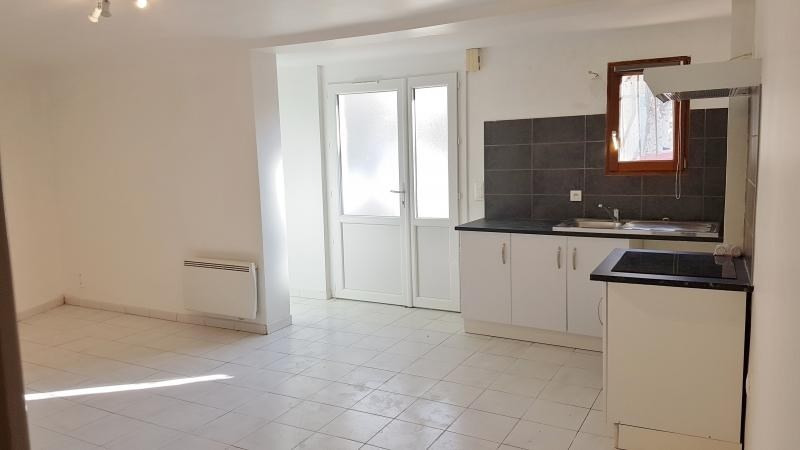 Location appartement Grans 540€ CC - Photo 4