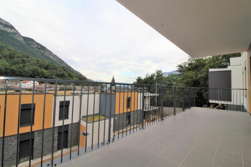 Alquiler  apartamento Voreppe 760€ CC - Fotografía 2