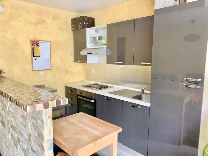 Sale apartment Villabe 119900€ - Picture 2