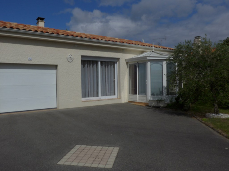 Sale house / villa Landeronde 174900€ - Picture 1