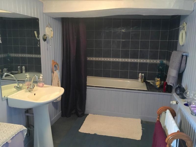 Sale house / villa St nicolas du pelem 180200€ - Picture 4