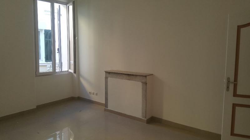 Location appartement La ciotat 890€ CC - Photo 3
