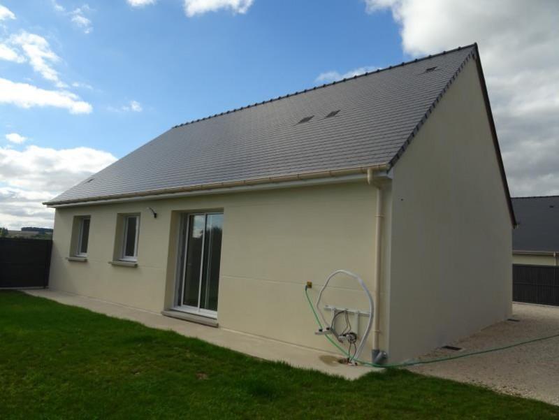 Sale house / villa Breval 220000€ - Picture 2