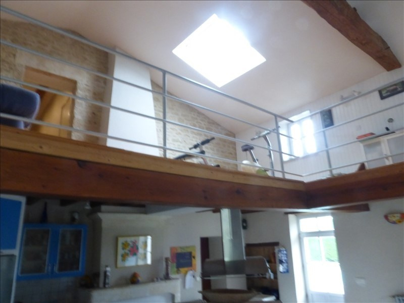 Deluxe sale house / villa Genouille 305 000€ - Picture 7