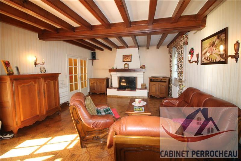 Sale house / villa La chartre sur le loir 274000€ - Picture 3