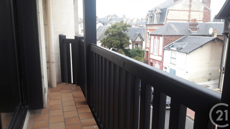 Verkoop  appartement Deauville 269000€ - Foto 7