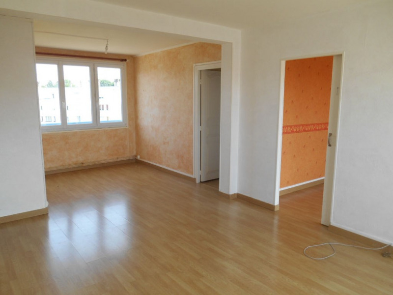 Rental apartment Harly 530€ CC - Picture 1