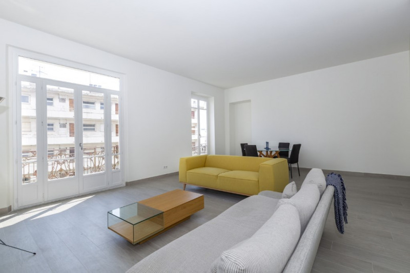 Deluxe sale apartment Nice 595 000€ - Picture 2