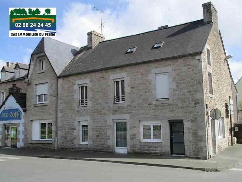 Sale house / villa St nicolas du pelem 130800€ - Picture 1