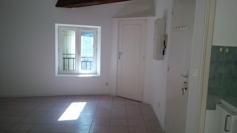 Sale apartment Salon de provence 86000€ - Picture 2