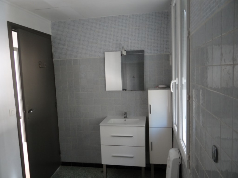 Vente maison / villa Uchaud 139000€ - Photo 5