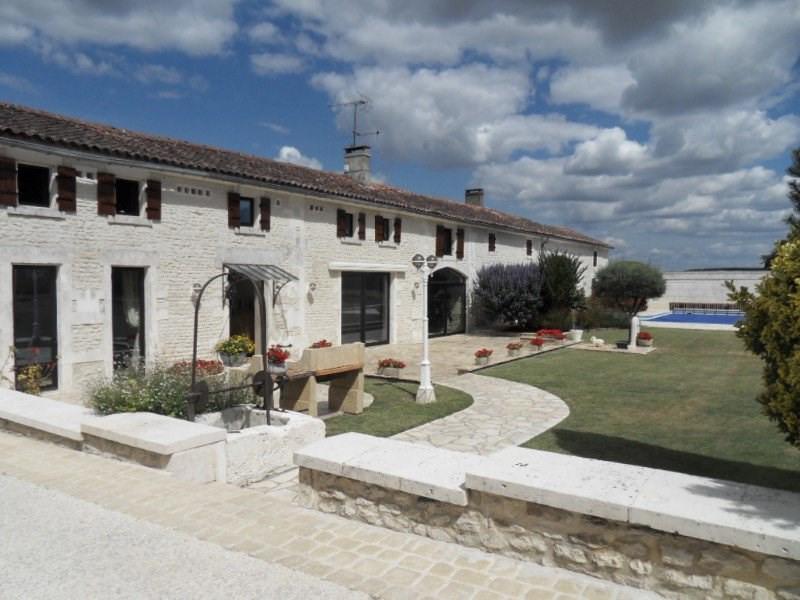 Deluxe sale house / villa Gente 577500€ - Picture 1