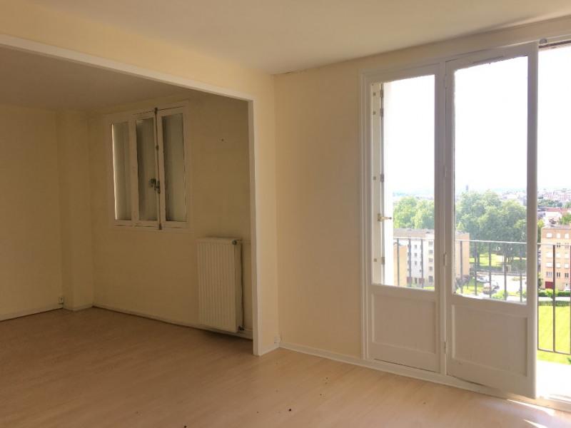 proximité. Commissariat T4 - 66 m²