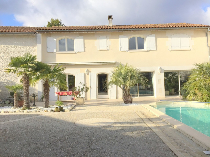 Sale house / villa Salles-d'angles 369 250€ - Picture 1