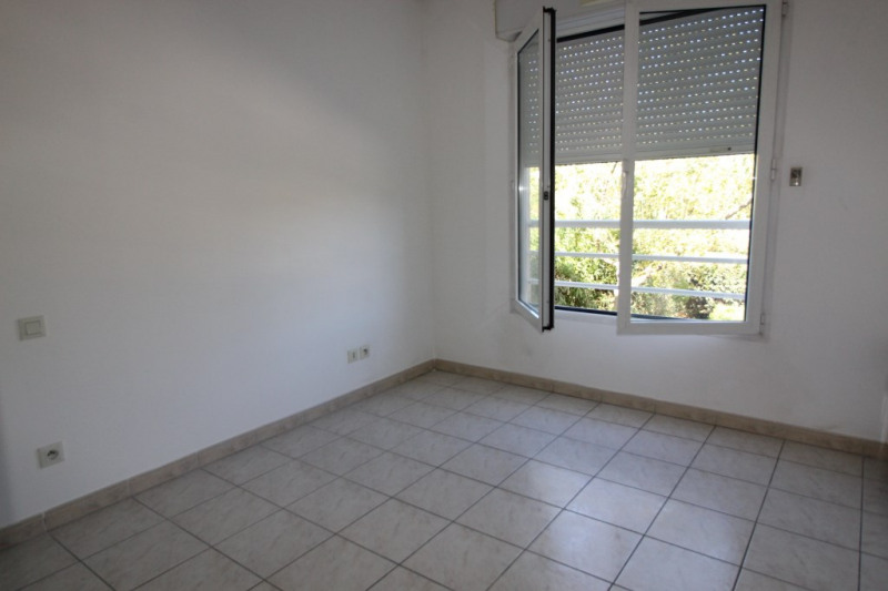 Vente appartement Hyeres 351 700€ - Photo 4