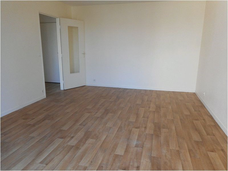 Rental apartment Savigny sur orge 699€ CC - Picture 2