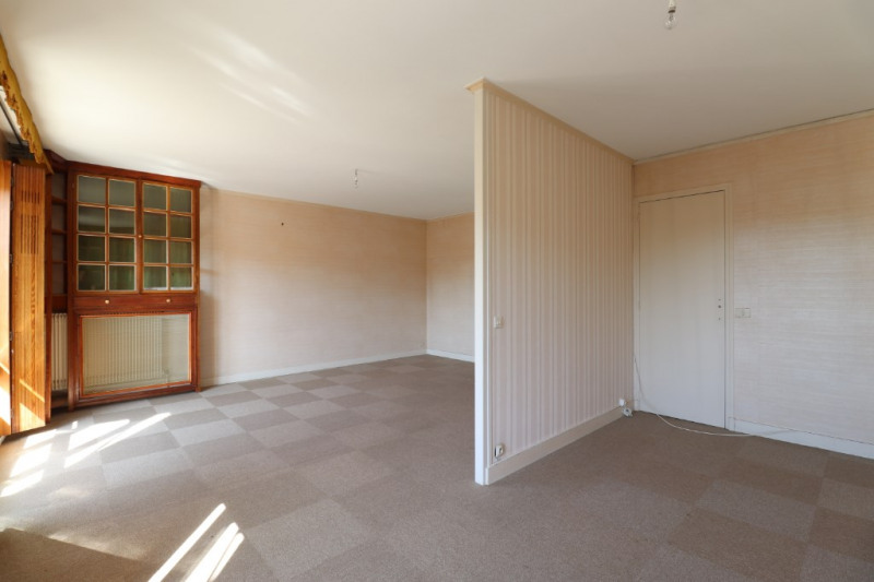 Sale apartment Montargis 96750€ - Picture 3