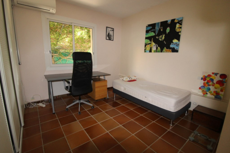 Vente appartement Hyeres 315 000€ - Photo 9