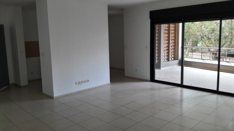 Sale apartment St paul 254000€ - Picture 2