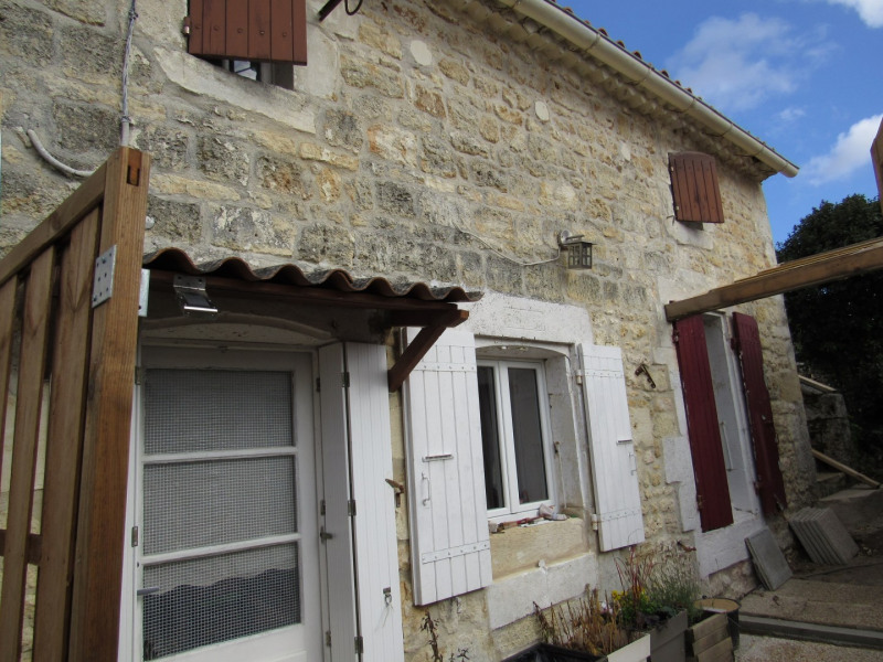 Sale house / villa Saint savinien 54 000€ - Picture 1