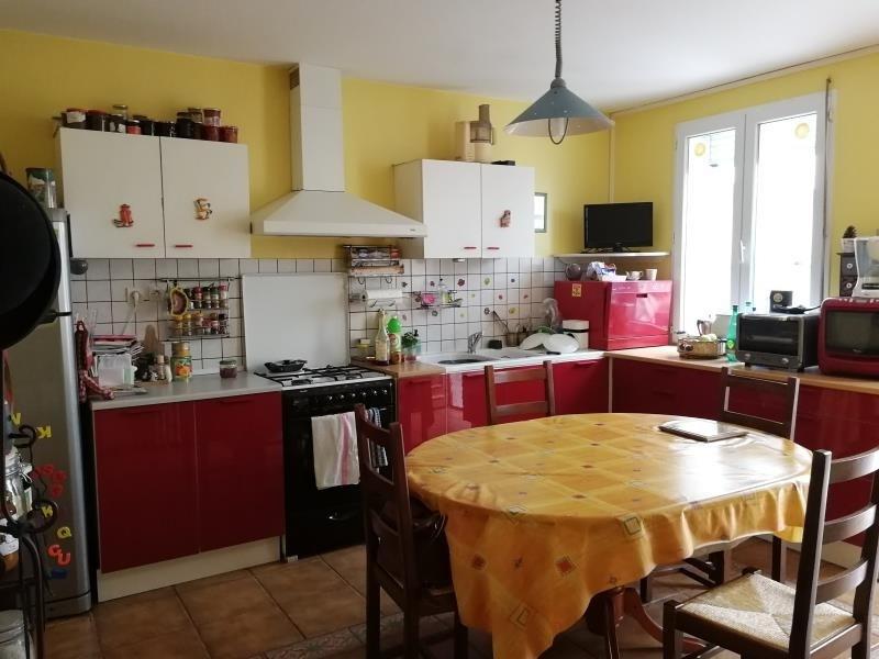 Sale house / villa Chateau renault 176250€ - Picture 3