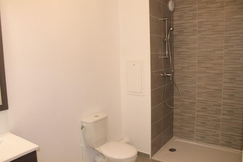 Location appartement Jouy le moutier 782€ CC - Photo 4
