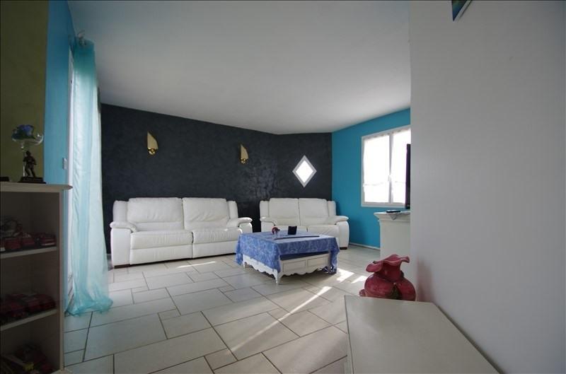 Sale house / villa Bords 169000€ - Picture 4