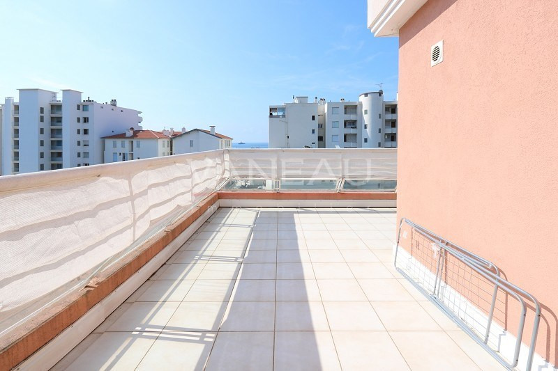 Vente de prestige appartement Juan-les-pins 275 000€ - Photo 8
