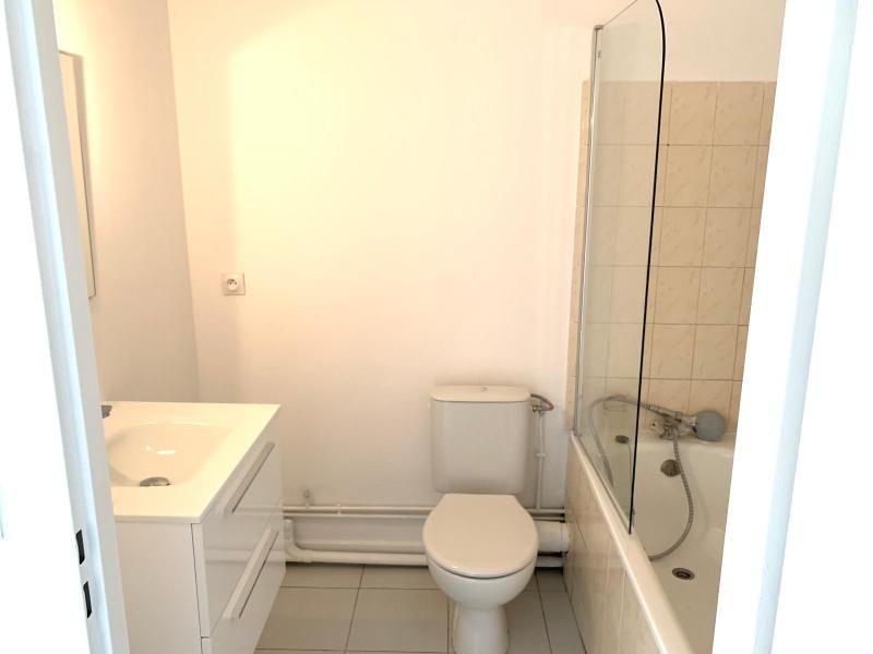 Location appartement Aix en provence 650€ CC - Photo 4