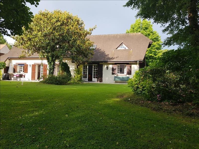 Sale house / villa Gisors 502200€ - Picture 1