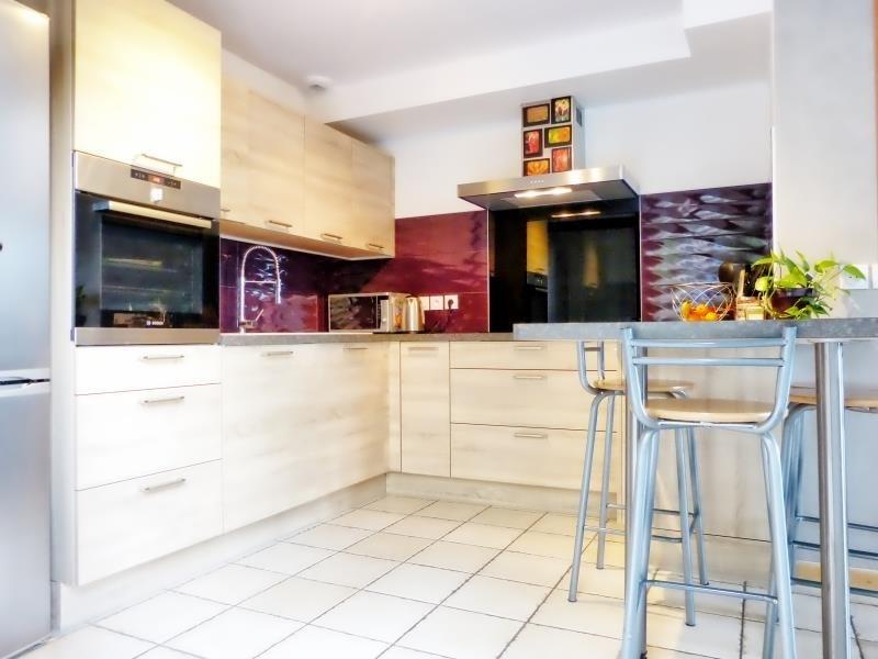 Sale house / villa Scionzier 355000€ - Picture 2