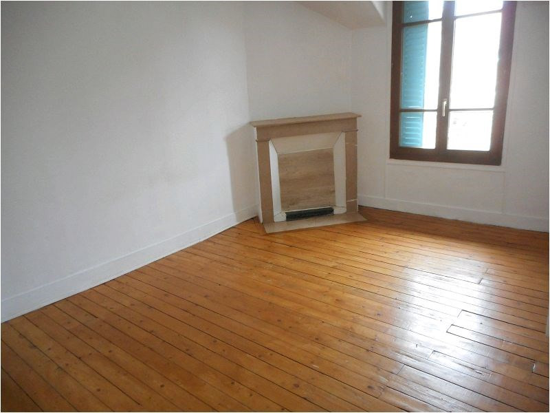 Rental apartment Athis mons 663€ CC - Picture 1