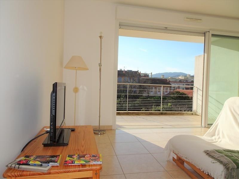 Vendita appartamento Hyeres 418800€ - Fotografia 2