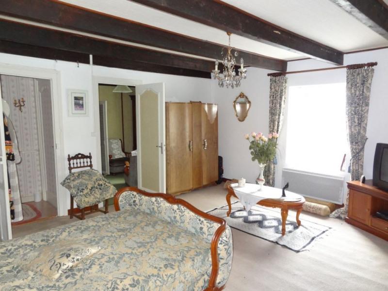 Sale house / villa Saint connan 85000€ - Picture 6