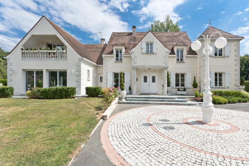 Deluxe sale house / villa Beauvais 768000€ - Picture 1