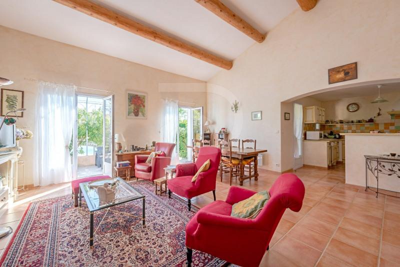 Vente maison / villa Althen des paluds 375000€ - Photo 3