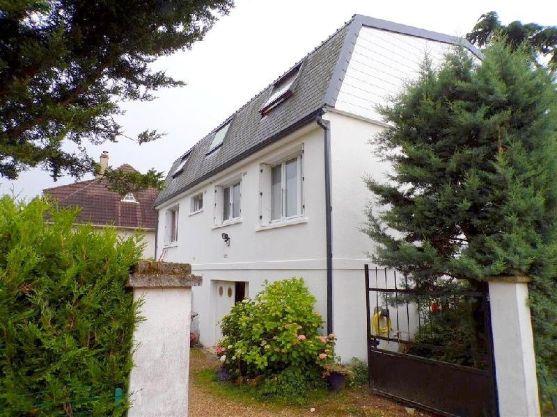 Sale house / villa Ste genevieve des bois 414500€ - Picture 1