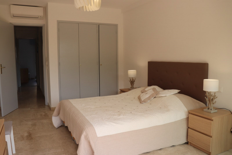 Location vacances appartement Cavalaire-sur-mer 600€ - Photo 22