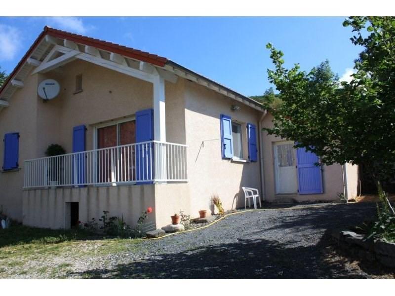 Sale house / villa Presailles 110000€ - Picture 1