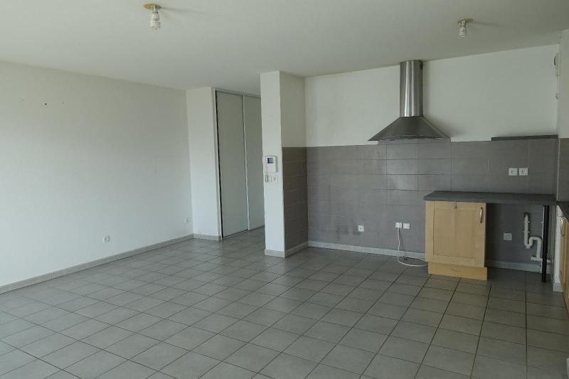 Location appartement Eybens 635€ CC - Photo 3