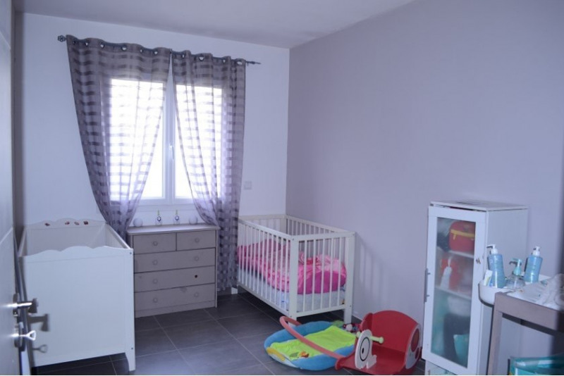 Sale house / villa Anneyron 186000€ - Picture 7