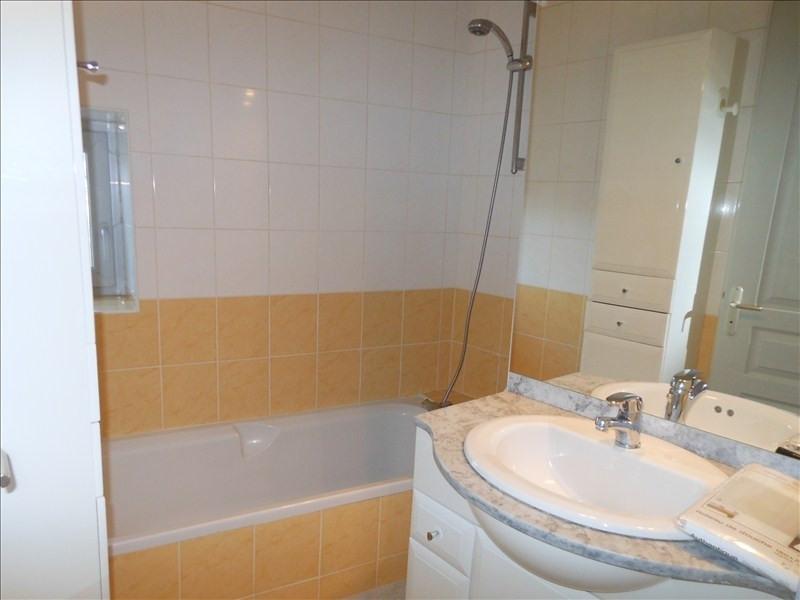 Location appartement Le puy en velay 344,79€ CC - Photo 3
