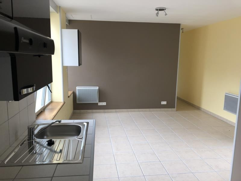 Rental apartment St benoit 530€ CC - Picture 4