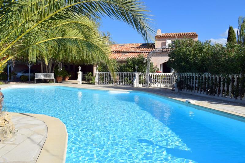 Revenda residencial de prestígio casa Montauroux 586000€ - Fotografia 1