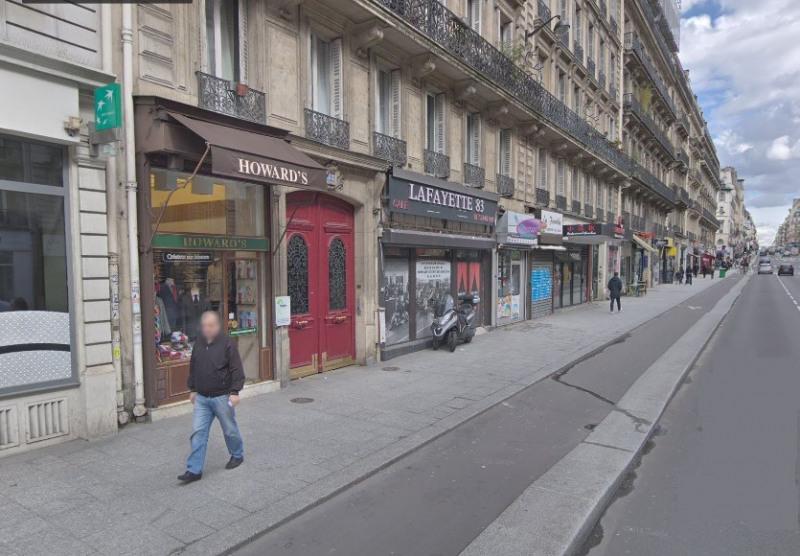 Location local commercial Paris 9ème 6486€ CC - Photo 1