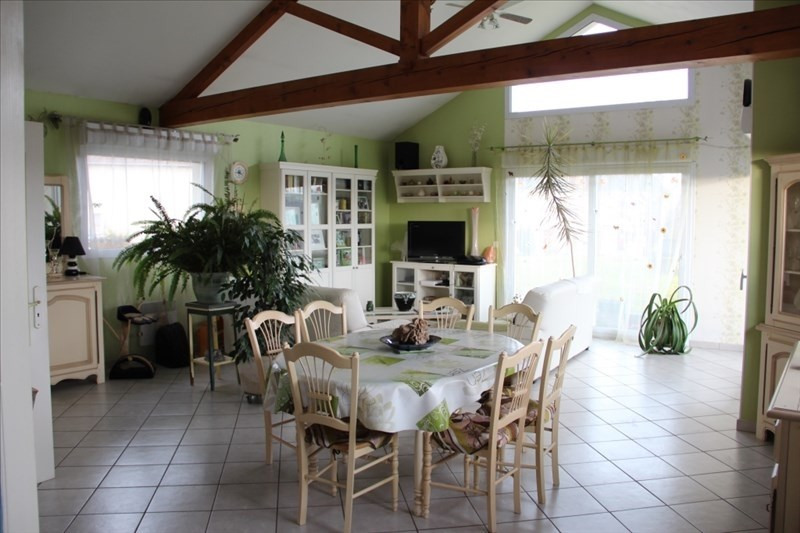 Sale house / villa Virieu 318 000€ - Picture 2