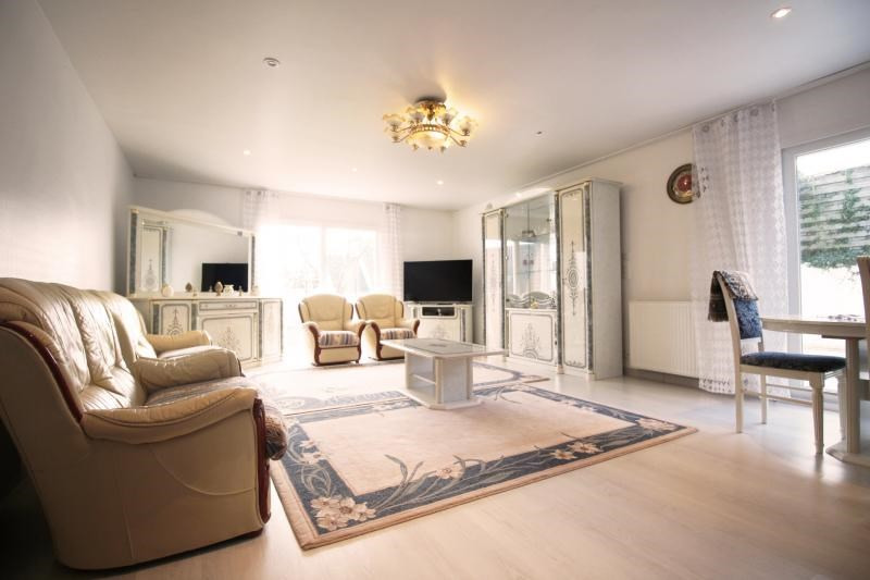 Sale house / villa Caudan 266250€ - Picture 1