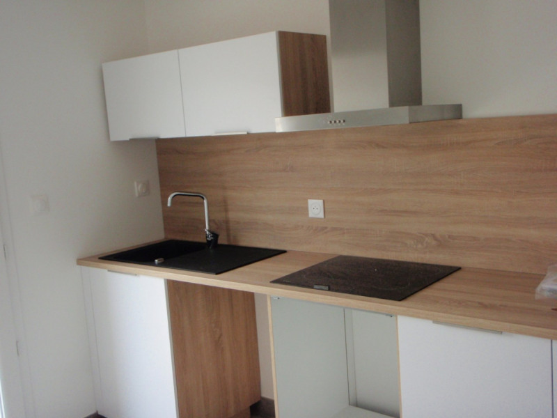 Rental house / villa Laveyron 850€ +CH - Picture 3